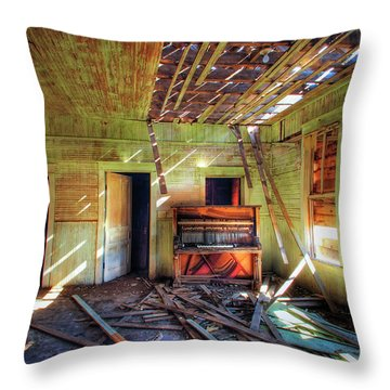 Throw Pillow featuring the photograph Judith Gap Piano by Craig J Satterlee