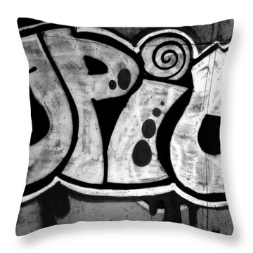 Juicy Black Pie Throw Pillow