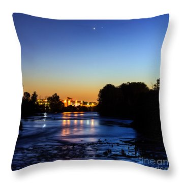 Jupiter And Venus Over The Willamette River In Eugene Oregon Throw Pillow