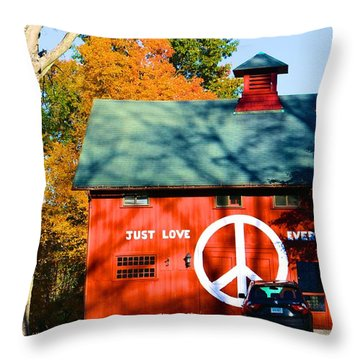 Just Love Everybody Throw Pillow