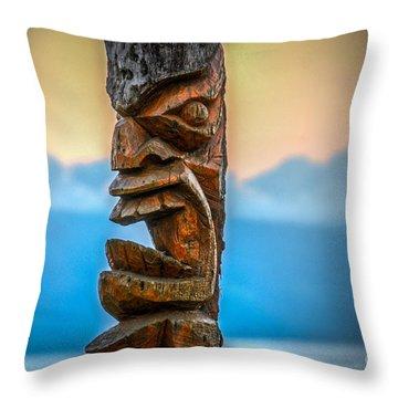 Throw Pillow featuring the photograph Ka'anapali Tiki by Kelly Wade