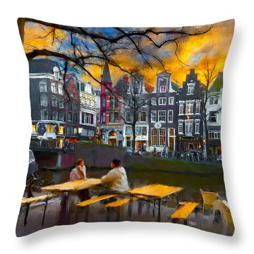 Kaizersgracht 451. Amsterdam Throw Pillow