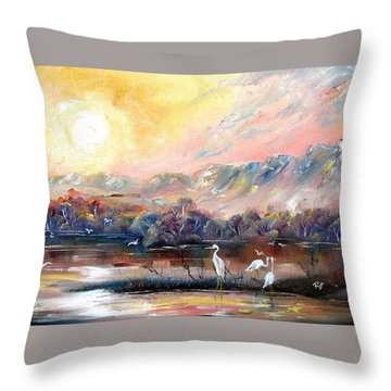 Kakadu Throw Pillow