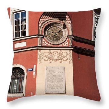 Kamienica Simonettich Clock Throw Pillow