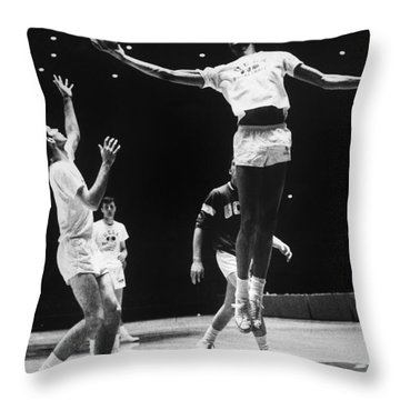 Kareem Abdul Jabbar (1947-) Throw Pillow