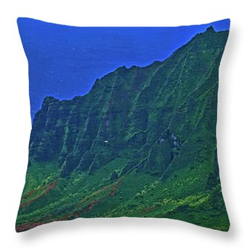 Kauai  Napali Coast State Wilderness Park Throw Pillow