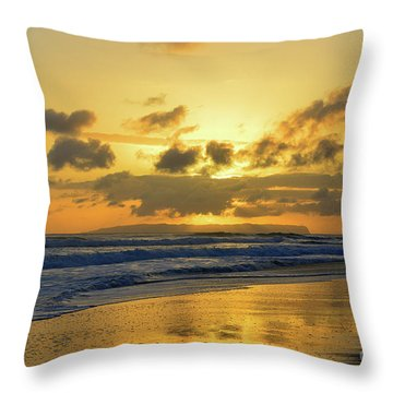 Kauai Sunset With Niihau On The Horizon Throw Pillow