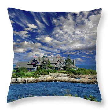 Kennebunkport, Maine - Walker's Point Throw Pillow by Russ Harris