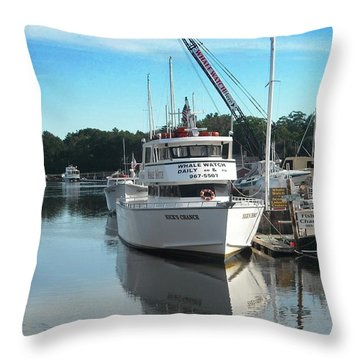 Kennubunk, Maine -1 Throw Pillow by Jerry Battle