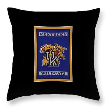 Ky Wildcats Logo T-shirt Throw Pillow