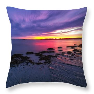 Kettle Cove Throw Pillow