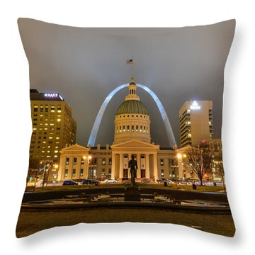 Kiener Plaza And The Gateway Arch Throw Pillow