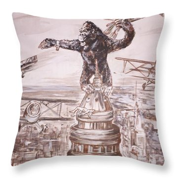 King Kong - Atop The Empire State Building Throw Pillow