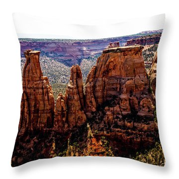 Kissing Couple - Praying Hands Throw Pillow