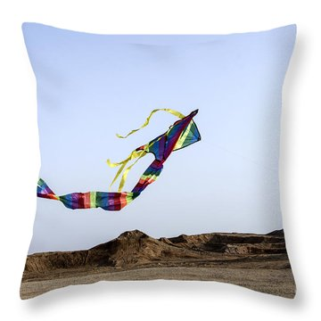 Kite Dancing In Desert 02 Throw Pillow by Arik Baltinester