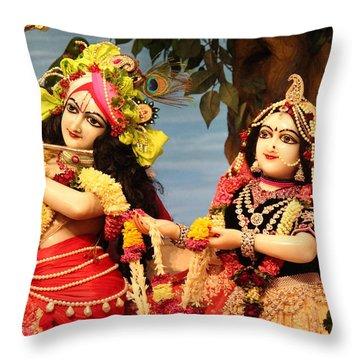 Krishna And Radha At Radha Gopinath Mandir, Mumbai Throw Pillow