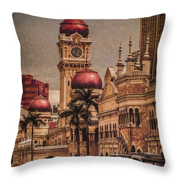 Kuala Lumpur, Malaysia - Red Onion Domes Throw Pillow