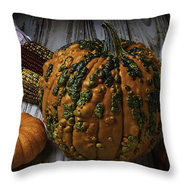 Kunklehead With Corn Throw Pillow