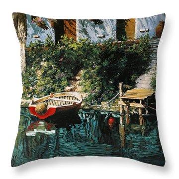 La Barca Al Molo Throw Pillow