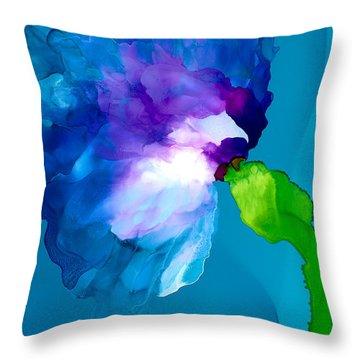 La Fleur Throw Pillow