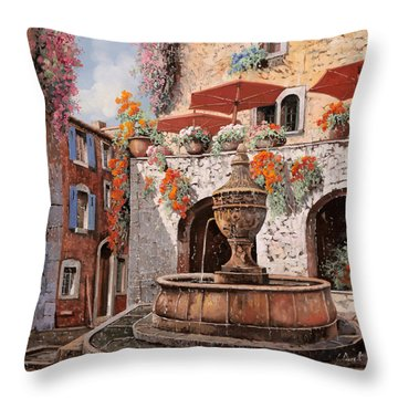 la fontana a St Paul de Vence Throw Pillow