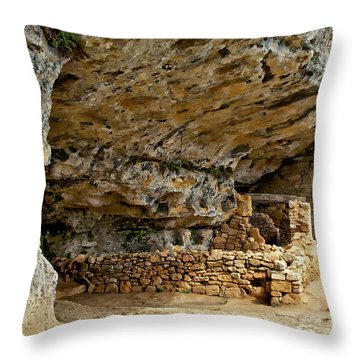 La Madeleine Ruins Throw Pillow