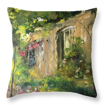 La Maison Est O Le Coeur Est Home Is Where The Heart I Throw Pillow