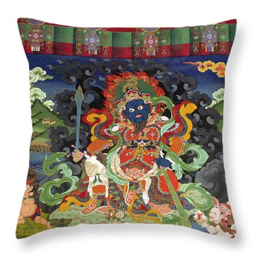 Ladakh_17-8 Throw Pillow