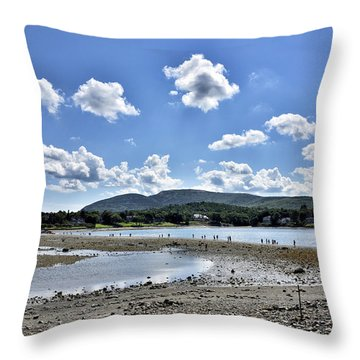 Land Bridge From Bar Harbor To Bar Island - Maine Throw Pillow by Brendan Reals