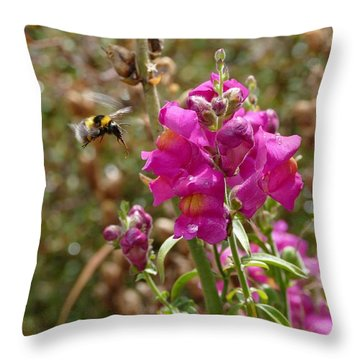 Landing Bumblebee Throw Pillow