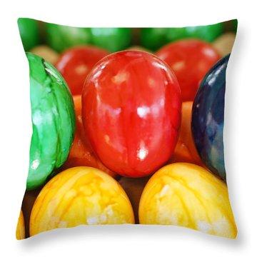 Langohrenfest Throw Pillow