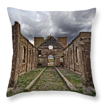 Las Mesitas Ruin Throw Pillow