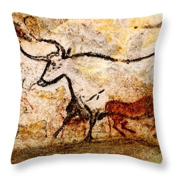 Lascaux Hall Of The Bulls - Aurochs Throw Pillow
