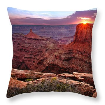 Last Light At Dead Horse Point Throw Pillow