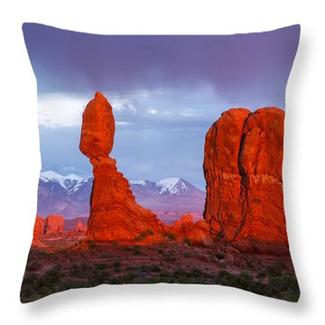 Throw Pillow featuring the photograph Last Light On Balanced Rock by Aaron Spong