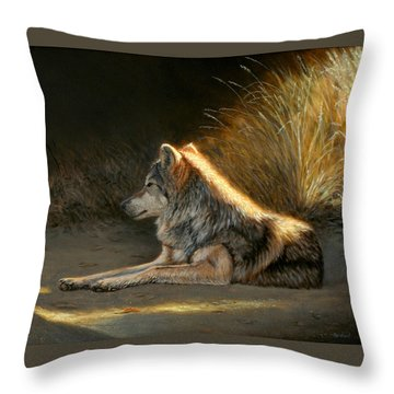 Last Light - Wolf Throw Pillow