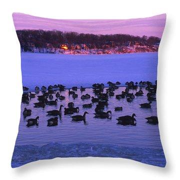 Last To Leave - Lake Geneva Wisconsin Throw Pillow