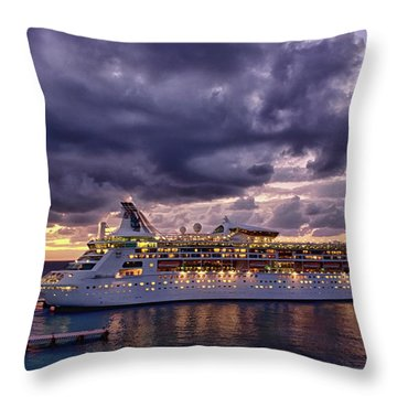 Late Arrival In Cozumel Throw Pillow