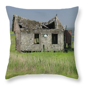 Long Beach Island Crab Shack Throw Pillow