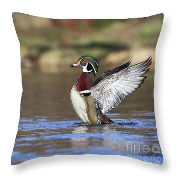 Le Magnifique Throw Pillow