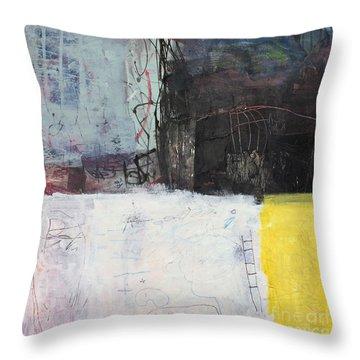 Le Temps Est Propice Pour Vous Throw Pillow