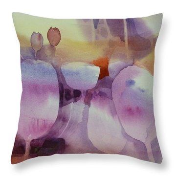 Le Vent Souffle Throw Pillow