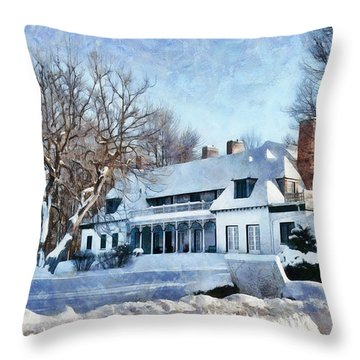 Leacock Museum In Winter Throw Pillow