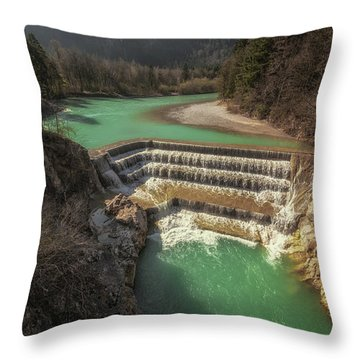 Leche Falls Throw Pillow