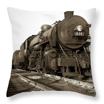 Lehigh Valley Steam Locomotive 431 At Wilkes Barre Pa. 1940s Throw Pillow