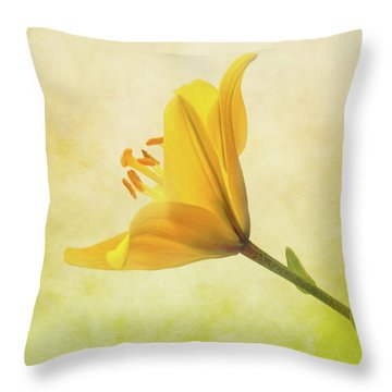 Throw Pillow featuring the photograph Lemon Lily by Roy McPeak