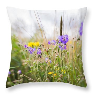#lensbaby #composerpro #sweet35 #floral Throw Pillow