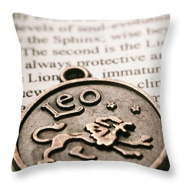 Lion Art Throw Pillows