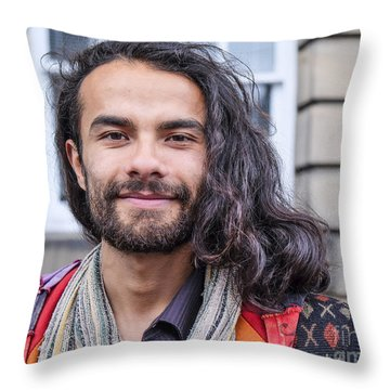 Leonardo - Edinburgh Throw Pillow