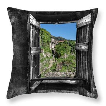Let's Open The Windows - Apriamo Le Finestre Throw Pillow